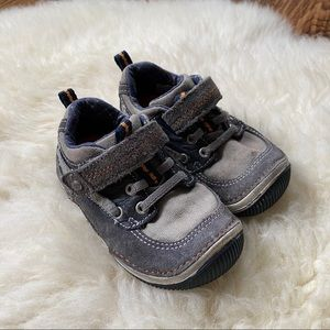 Stride Rite Velcro Canvas Sneakers Size 6T